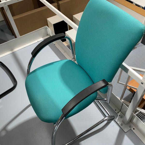 krzesło konferencyjne morskie